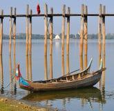 πέρα από bu γεφυρών το μοναχό Myanmar u Στοκ Εικόνα