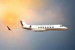 Πέταγμα αεροπλάνων αεριωθούμενων αεροπλάνων Στοκ Φωτογραφίες