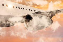 Πέταγμα αεροπλάνων επιβατικών αεροπλάνων Στοκ Εικόνα