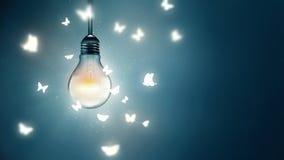Πέταγμα στο φως Στοκ εικόνα με δικαίωμα ελεύθερης χρήσης