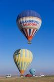 πέταγμα cappadocia μπαλονιών αέρα καυτό Στοκ Φωτογραφία