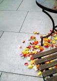 Πέταλα στο πάτωμα Στοκ φωτογραφία με δικαίωμα ελεύθερης χρήσης