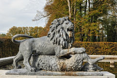 πέτρα αγαλμάτων λιονταριών  Στοκ φωτογραφία με δικαίωμα ελεύθερης χρήσης