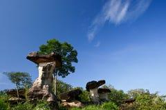 πέτρα μπλε ουρανού Στοκ εικόνα με δικαίωμα ελεύθερης χρήσης