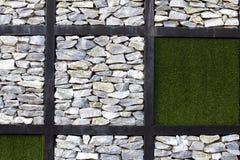πέτρα χλόης Στοκ φωτογραφία με δικαίωμα ελεύθερης χρήσης