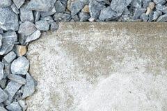 Πέτρες (επιλεγμένη εστίαση) στην επάνω από-αριστερή γωνία flagstone (ο Δρ Στοκ εικόνα με δικαίωμα ελεύθερης χρήσης