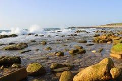 Πέτρες θάλασσας στην παραλία σε Jaffa Στοκ Εικόνα