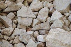 Πέτρες και τούβλα του παλαιού μεσαιωνικού κάστρου Σύσταση των καταστροφών στοκ φωτογραφία