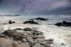 Πέτρες και ωκεανός Στοκ φωτογραφία με δικαίωμα ελεύθερης χρήσης