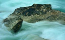 Πέτρες στον ποταμό Στοκ εικόνες με δικαίωμα ελεύθερης χρήσης