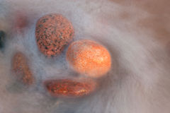 Πέτρες στο ύδωρ. Στοκ Εικόνες