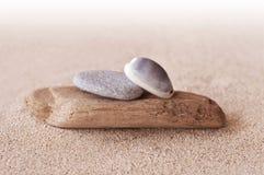 Πέτρες της Zen, άμμος Στοκ Φωτογραφίες