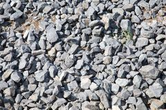 Πέτρες του γκρίζου γρανίτη σε μεγάλη ποσότητα στοκ φωτογραφίες