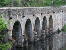 Πέτρινα γέφυρα/φράγμα, Στοκ εικόνες με δικαίωμα ελεύθερης χρήσης