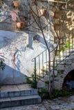Πέτρινα σκαλοπάτια, παλαιό σπίτι στην Ιερουσαλήμ Στοκ εικόνα με δικαίωμα ελεύθερης χρήσης