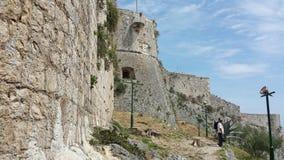 Πέτρινες καταστροφές τοίχων φρουρίων Spanjola, Hvar Κροατία Στοκ φωτογραφία με δικαίωμα ελεύθερης χρήσης
