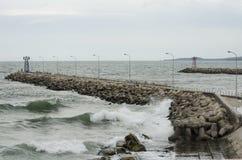 Πέτρινη αποβάθρα Στοκ φωτογραφία με δικαίωμα ελεύθερης χρήσης