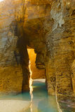 Πέτρινη αψίδα Playa de Las Catedrales Στοκ Εικόνες