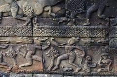 Πέτρινη γλυπτική χορευτών Apsara Στοκ εικόνα με δικαίωμα ελεύθερης χρήσης
