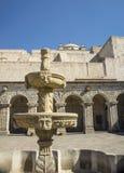 Πέτρινη πηγή Λα Compania, Arequipa εκκλησιών, ανά Στοκ Φωτογραφία