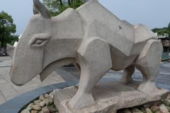 Πέτρινη χάραξη ρινόκερος-Stone Στοκ Φωτογραφία