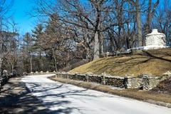 Πέτρινος κλίβανος στο πάρκο Phelps σε Decorah, Αϊόβα - δρόμος στοκ φωτογραφία με δικαίωμα ελεύθερης χρήσης