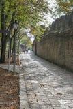 Πέτρινος δρόμος στον πύργο κάστρων Rocca Cesta στον Άγιο Μαρίνο Στοκ Φωτογραφίες