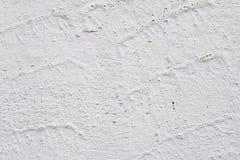 Πέτρινος τοίχος που χρωματίζεται με το άσπρο χρώμα, υπόβαθρο, σύσταση Στοκ Εικόνες
