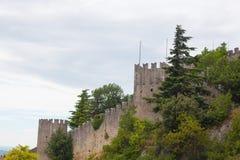 Πέτρινος τοίχος του οχυρού Στοκ εικόνα με δικαίωμα ελεύθερης χρήσης