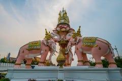 Πέτρινο άγαλμα ελεφάντων Στοκ Εικόνες