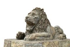Πέτρινο γλυπτό λιονταριών που απομονώνεται στο άσπρο υπόβαθρο στοκ εικόνα
