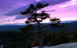 Πέτρινο ηλιοβασίλεμα κρατικών πάρκων βουνών Στοκ Φωτογραφία