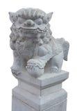 Πέτρινο κινεζικό λιοντάρι Stone με το ψαλίδισμα της πορείας Στοκ Φωτογραφία
