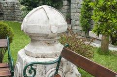 Πέτρινο στοιχείο στον κήπο Στοκ Εικόνες
