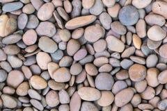 Πέτρινο υπόβαθρο χαλικιών σύστασης ή πετρών χαλικιών για το σχέδιο Στοκ φωτογραφία με δικαίωμα ελεύθερης χρήσης