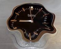 πίεση δημόσια προβλήματα υγείας Ούτε καν το ρολόι μπορεί handel ο χρόνος, παίρνει ζαλισμένο στοκ εικόνες