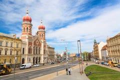 Πίλζεν, Δημοκρατία της Τσεχίας - τον Απρίλιο του 2018: Μεγάλη συναγωγή σε Plzen ή Πίλζεν, Δημοκρατία της Τσεχίας με το μπλε ουραν Στοκ εικόνα με δικαίωμα ελεύθερης χρήσης