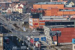 Πίλζεν, Τσεχία - 02/21/2018: Εναέρια άποψη σχετικά με το νέο θέατρο Στοκ Φωτογραφία