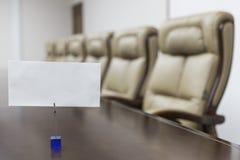 πίνακας αιθουσών συνεδριάσεων των διασκέψεων εδρών Στοκ φωτογραφίες με δικαίωμα ελεύθερης χρήσης