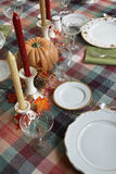 Πίνακας γευμάτων ημέρας των ευχαριστιών που τίθεται για το γεύμα Στοκ φωτογραφίες με δικαίωμα ελεύθερης χρήσης