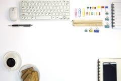 Πίνακας γραφείων γραφείων του επιχειρησιακού εργασιακού χώρου και των επιχειρησιακών αντικειμένων Στοκ φωτογραφίες με δικαίωμα ελεύθερης χρήσης