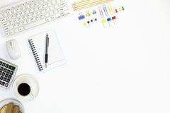 Πίνακας γραφείων γραφείων του επιχειρησιακού εργασιακού χώρου και των επιχειρησιακών αντικειμένων Στοκ φωτογραφία με δικαίωμα ελεύθερης χρήσης