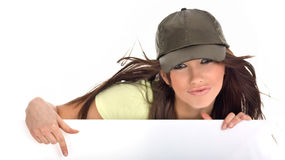 πίνακας διαφημίσεων που κρατά την προκλητική γυναίκα στοκ φωτογραφίες με δικαίωμα ελεύθερης χρήσης