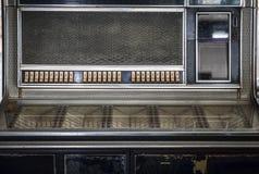 Πίνακας ελέγχου του παλαιού κλασικού λειτουργούντος με κέρματα κιβωτίου μουσικής Στοκ φωτογραφίες με δικαίωμα ελεύθερης χρήσης