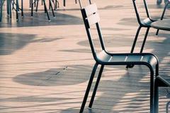 Πίνακας εδρών και γραφείων που τίθεται στο μπαλκόνι καταστημάτων offe Στοκ Φωτογραφίες