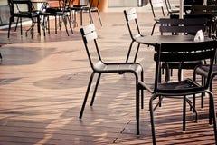 Πίνακας εδρών και γραφείων που τίθεται στο μπαλκόνι καταστημάτων offe Στοκ Εικόνα