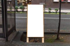 Πίνακας διαφημίσεων στην οδό Στοκ Εικόνα