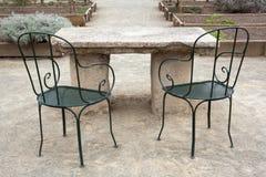 Πίνακας και καρέκλες Στοκ εικόνες με δικαίωμα ελεύθερης χρήσης