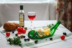 Πίνακας με τα τρόφιμα τυποποιημένα Στοκ εικόνες με δικαίωμα ελεύθερης χρήσης