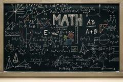 Πίνακας με το μαθηματικό περιεχόμενο, που γράφει με το ποικίλο στοκ φωτογραφίες με δικαίωμα ελεύθερης χρήσης